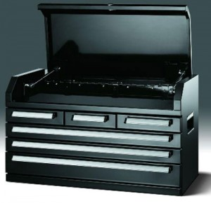 Husky 6 Drawer Tool Chest Reviewed by ProToolReviews