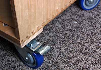 Western Dovetail Mobile Tool Cabinet Casters and Cleats