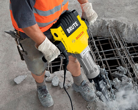 Bosch Brute BH2760VC in Action