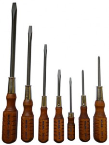 Wilde Made in USA Wood Handled Screwdriver Set