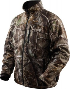 Keep Camouflaged and Warm with Milwaukee M12 Realtree AP Heated Jacket
