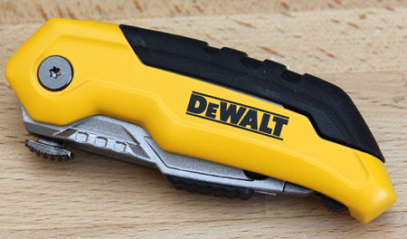 Dewalt Folding Retractable Utility Knife Closed