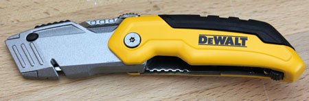 Dewalt Folding Retractable Utility Knife Open