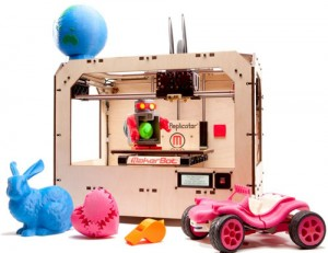 MakerBot Replicator with 3D-Printed Samples