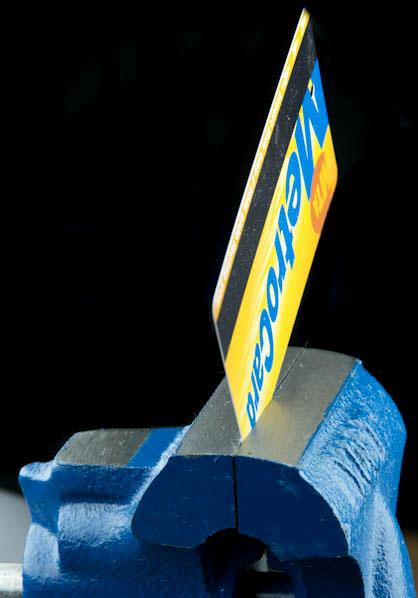 Yost Clamp-on Vise Metrocard