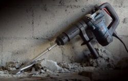 Bosch DH507 Demolition Hammer with Long Bits