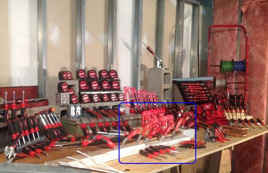 Milwaukee New FastBack Utility Knives