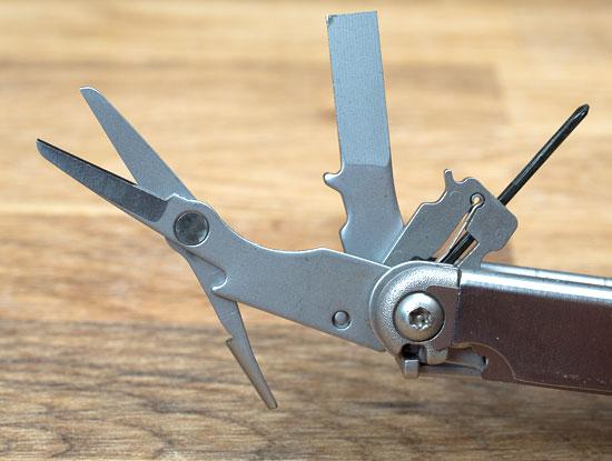 Leatherman Wave Scissors Large Screwdriver and Mini Screwdriver