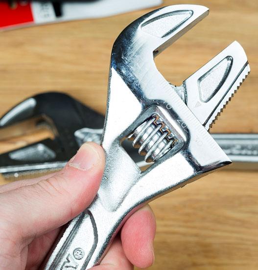 Husky Reversa Adjustable Wrench 8-inch