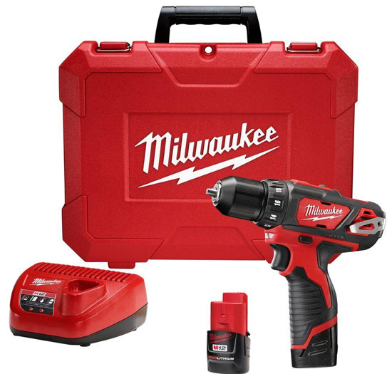 Milwaukee M12 2407 Drill Driver Kit