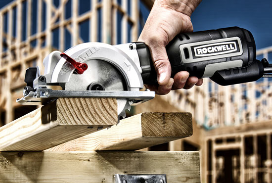 New rockwell mini circular saw rk3441k rockwell rk3441k compact circular saw cutting 2x4 greentooth Images