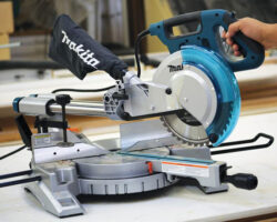 New Makita 10″ Sliding Miter Saw LS1018