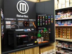 Home Depot MakerBot 3D Printer Display