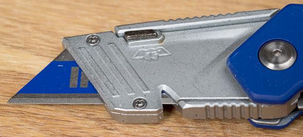Irwin FK100 Folding Utility Knife Blade Area