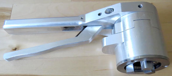 Adjustable Socket Wrench Tool