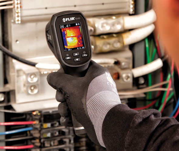 Flir TG165 Aimed at Electric Panel