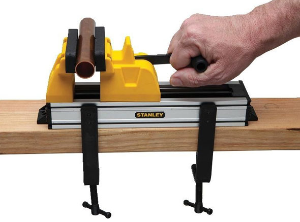 Stanley Quick Vise Attached to 2x4