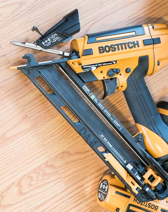 Bostitch Smart Point Tool Free Jam Clearing