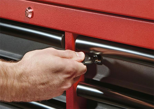 Milwaukee Ball Bearing Tool Storage Is Full Of Convenient