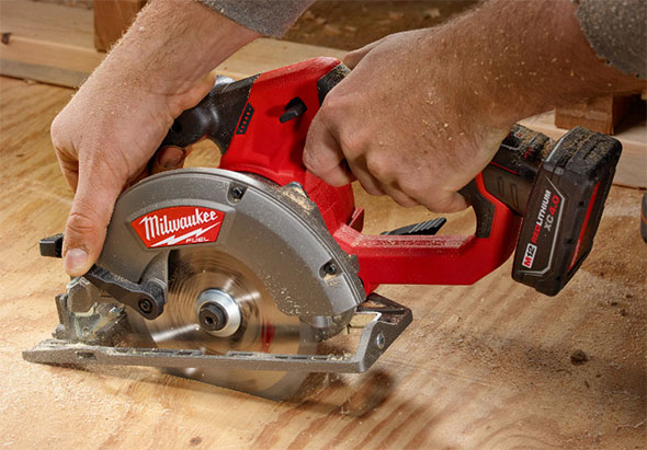New milwaukee m12 fuel circular saw yes milwaukee m12 fuel circular saw cutting sheet goods greentooth Image collections