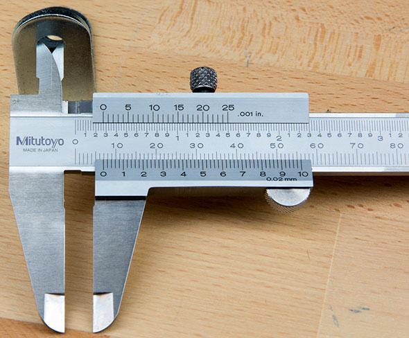 Mitutoyo Vernier Calipers Inner Jaws Measurement