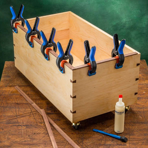 Rockler Bandy Clamps holding down glued edge band