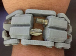 3D Printed Tool Bracelet Looks Like the Leatherman Tread