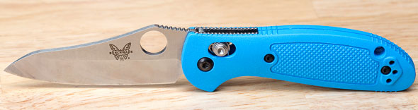 Benchmade Mini Griptilian Knife Thumbhole Blue Handle