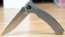 Zero Tolerance 0450 Knife Review – a Hard-Use Flipper with Soft Looks