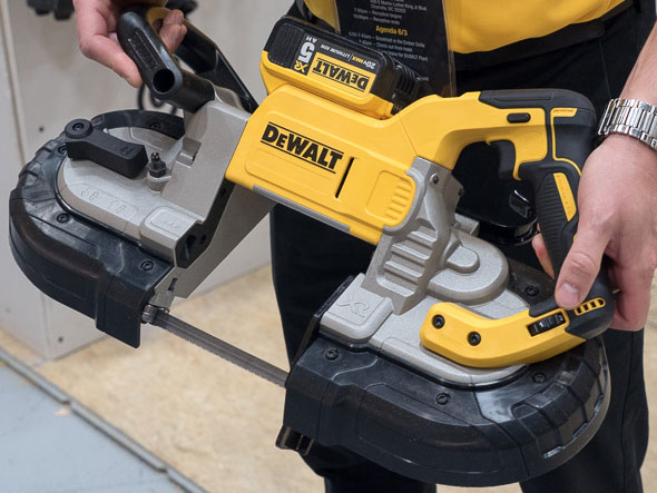 Dewalt Dust Extractor >> Sneak Peek of New Dewalt Cordless Tools for 2015