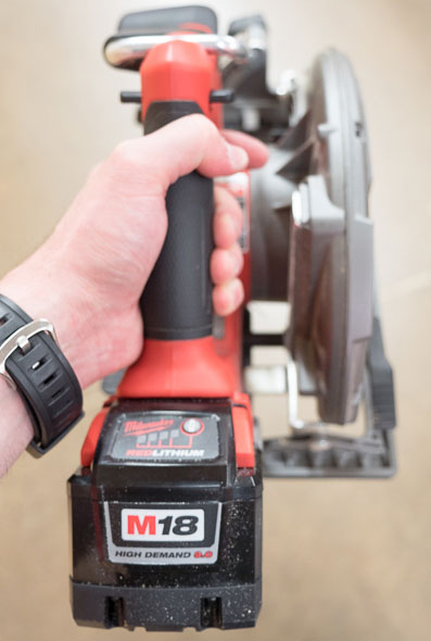 Milwaukee M18 Saw with 9Ah Battery