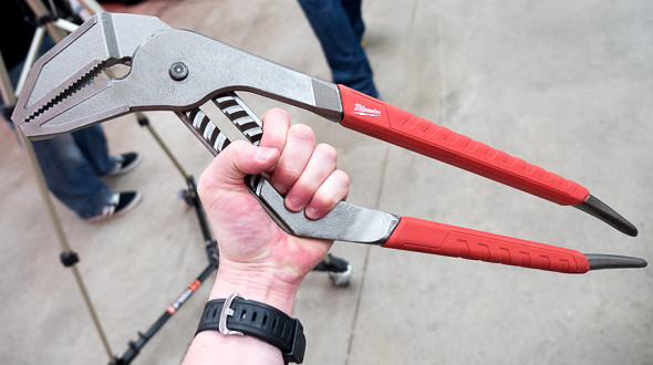 'Milwaukee Big Adjustable Pliers' from the web at 'http://toolguyd.com/blog/wp-content/uploads/2015/07/Milwaukee-Big-Adjustable-Pliers.jpg'