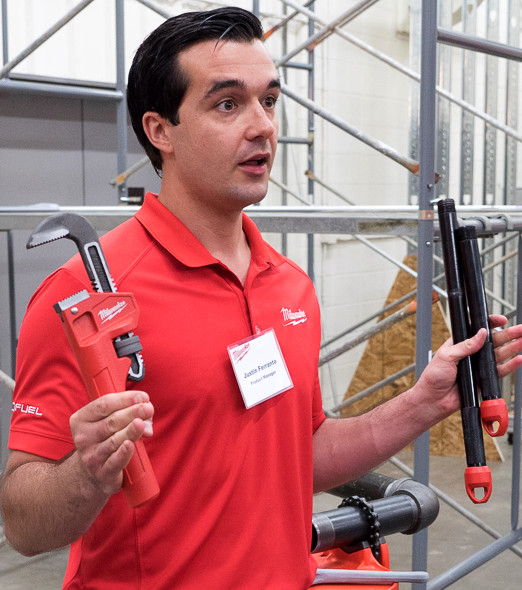 Milwaukee Cheater Pipe Wrench Demonstration