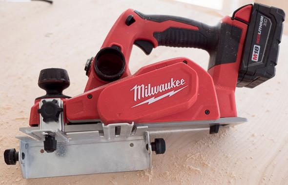 Milwaukee 2623 M18 Planer with Edge Guide & Milwaukee M18 Cordless Planer