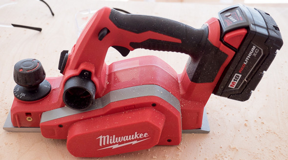 Milwaukee 2623 M18 Planer