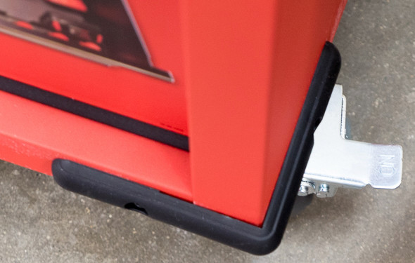 Milwaukee Ball Bearing Tool Storage Cabinet Bottom Corner Bumper