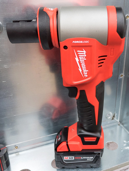 Milwaukee M18 ForceLogic 10T Knockout Punch Tool