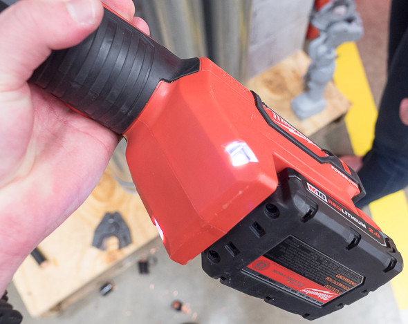 Milwaukee M18 ForceLogic Cable Cutter LED Worklights