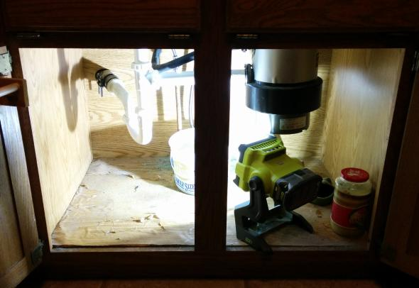 Using the Ryobi Worklight under the sink