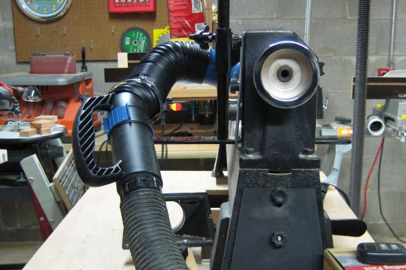 Using Dust Right Nozzle at the lathe