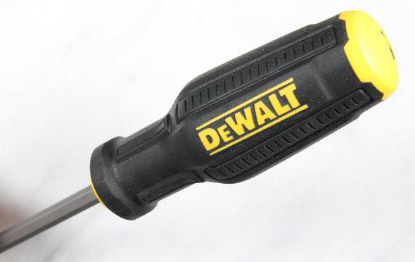Review Dewalt Max Fit Screwdriver Set
