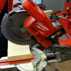 Milwaukee M18 Brushless Cordless Miter Saw