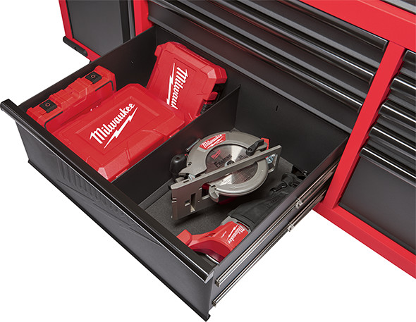 Here S More About Milwaukee S 60 Mobile Tool Cabinet