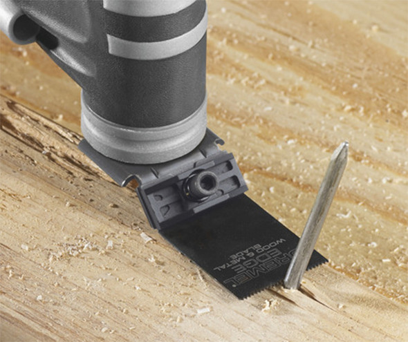 Dremel Edge-Series Blade Attached to Oscillating Tool