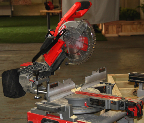 Milwaukee M18 Fuel Miter Saw Product shot 2