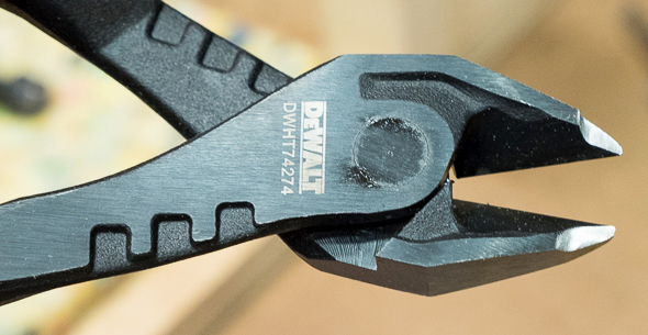 Dewalt Diagonal Cutters Jaws Closeup 2016 Media Event