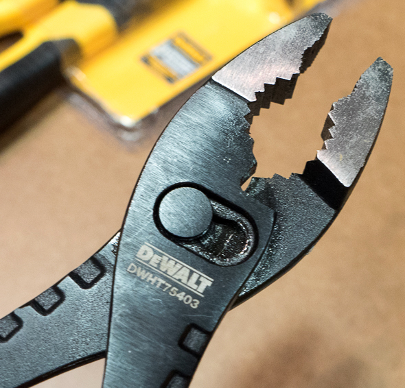 'Dewalt Slip Joint Pliers Jaws Closeup 2016 Media Event' from the web at 'http://toolguyd.com/blog/wp-content/uploads/2016/07/Dewalt-Slip-Joint-Pliers-Jaws-Closeup-2016-Media-Event.jpg'