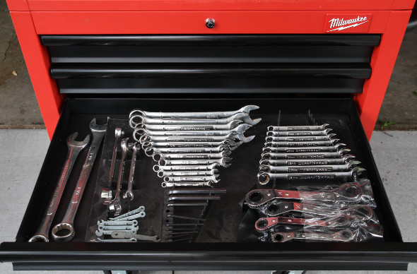 Milwaukee 30 inch storage combo wrench drawer
