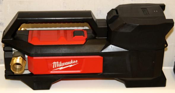 Milwaukee M18 Cordless Fluid Transfer Pump