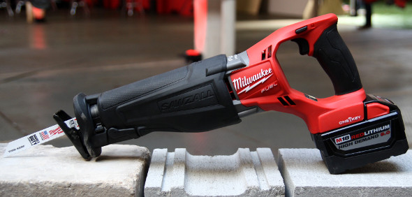 Milwaukee M18 Fuel Sawzall with One-Key clearer